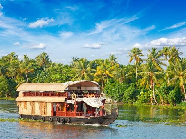 munnar-houseboat-package