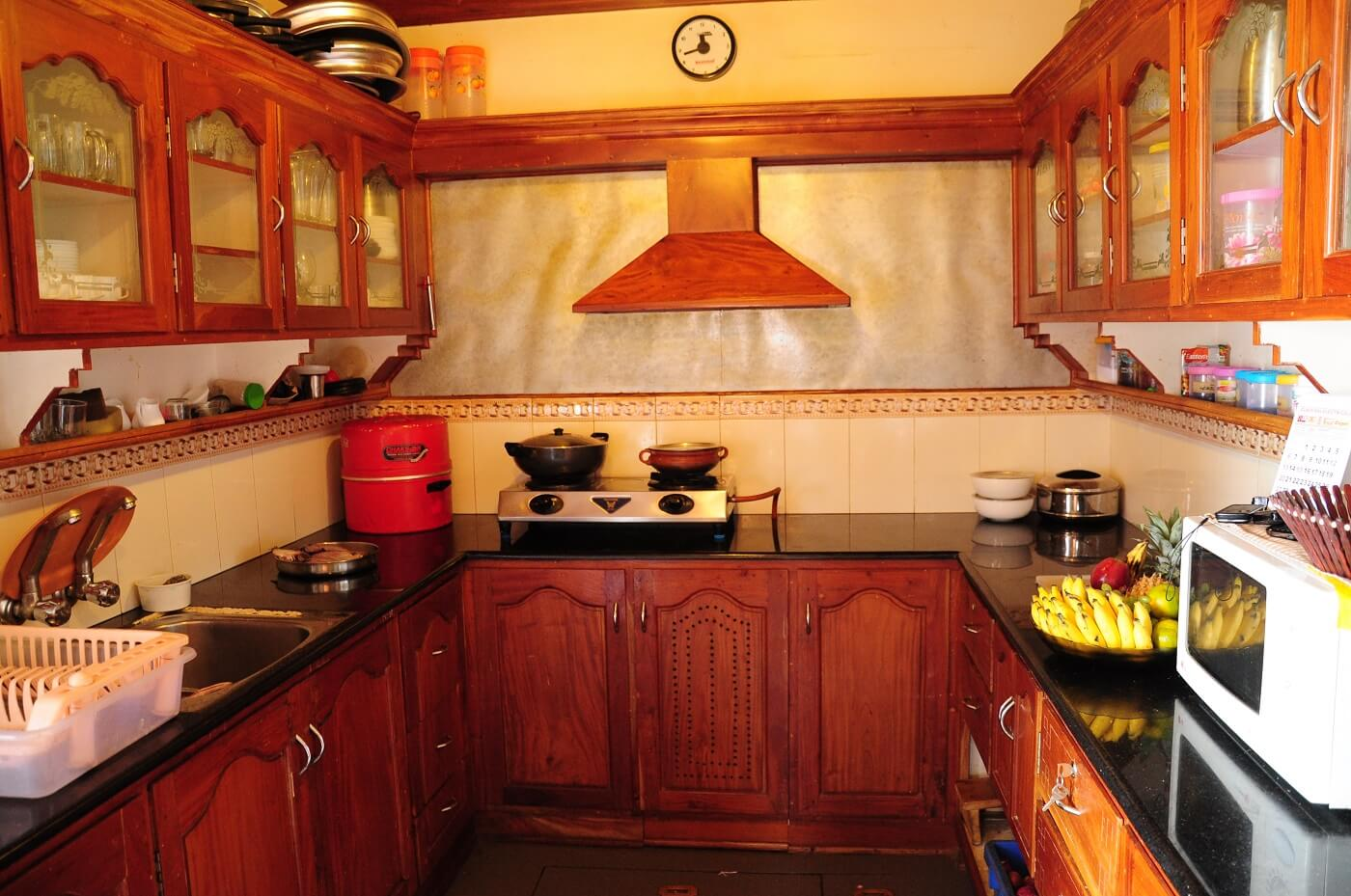 Houseboat Attached Kitchen