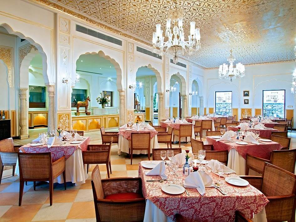 Dining at Samode Palace