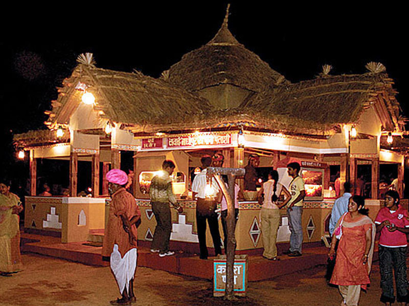 chauki-dhani-villiage-huts-jaipur