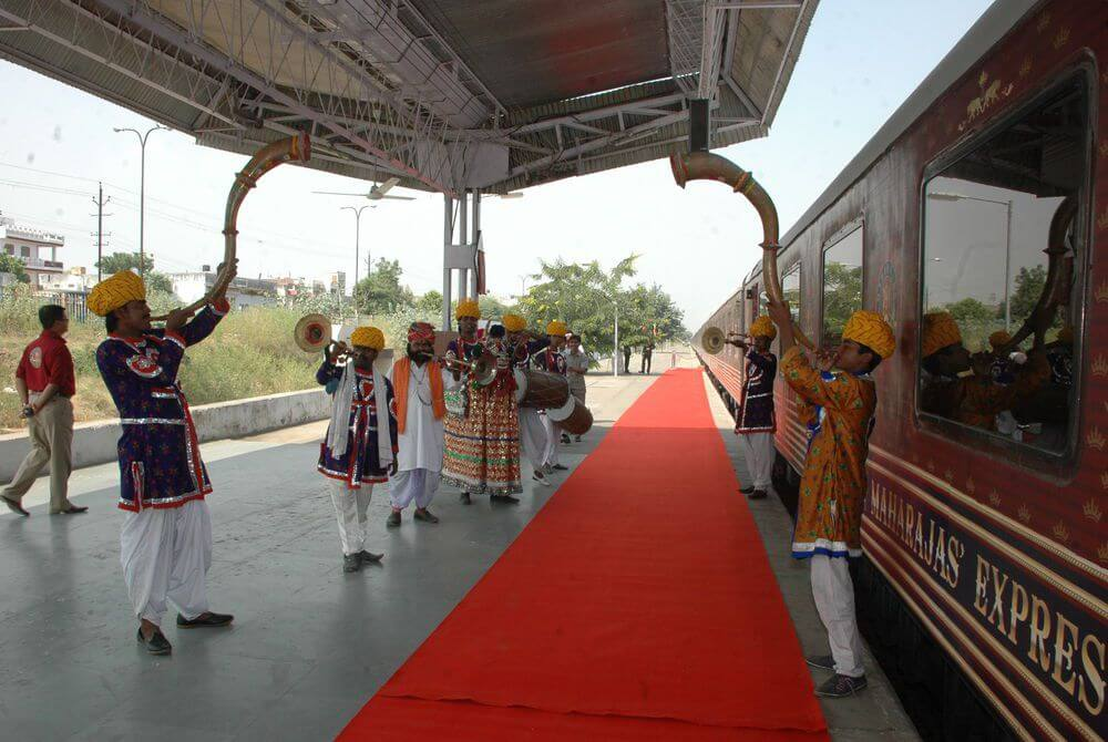 Welcome of Maharajas' Express