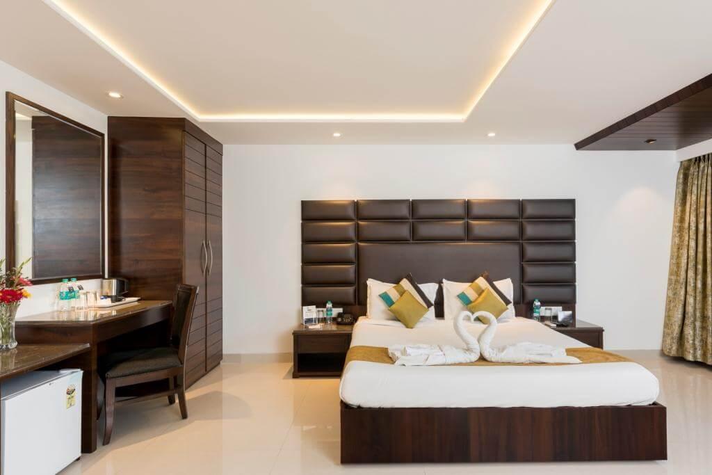 Hotel Manama, Mumbai