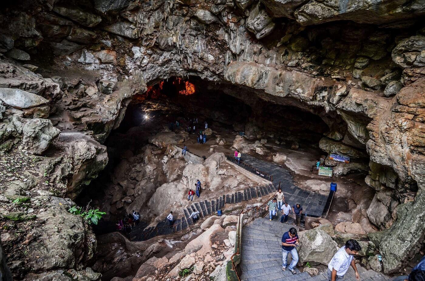 Borra Caves, Arakku Valley