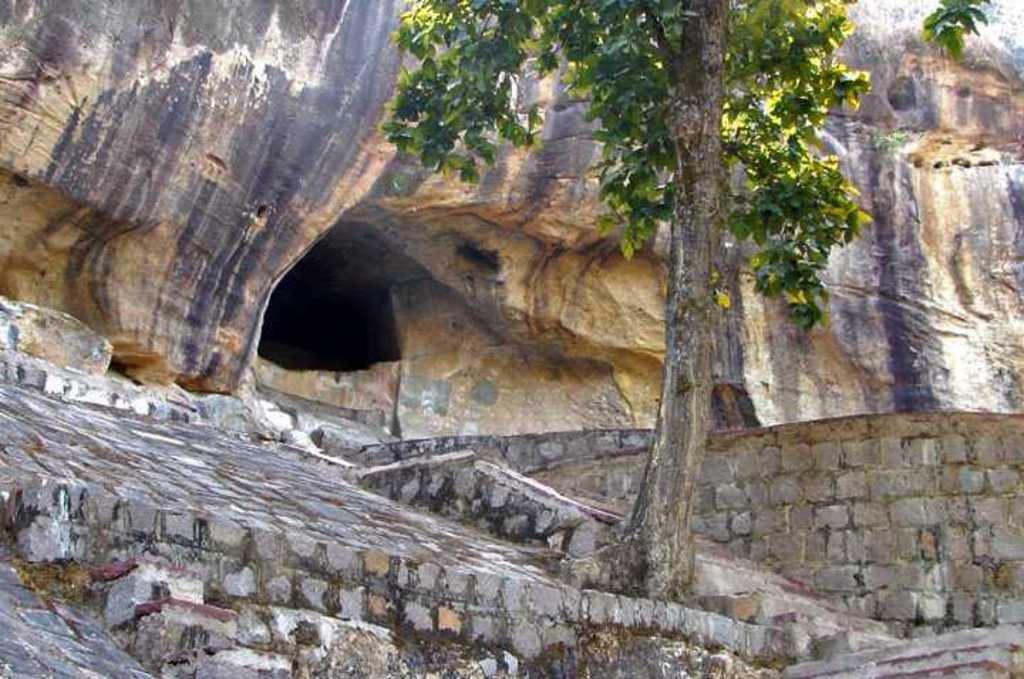 jogimara cave ambikapur