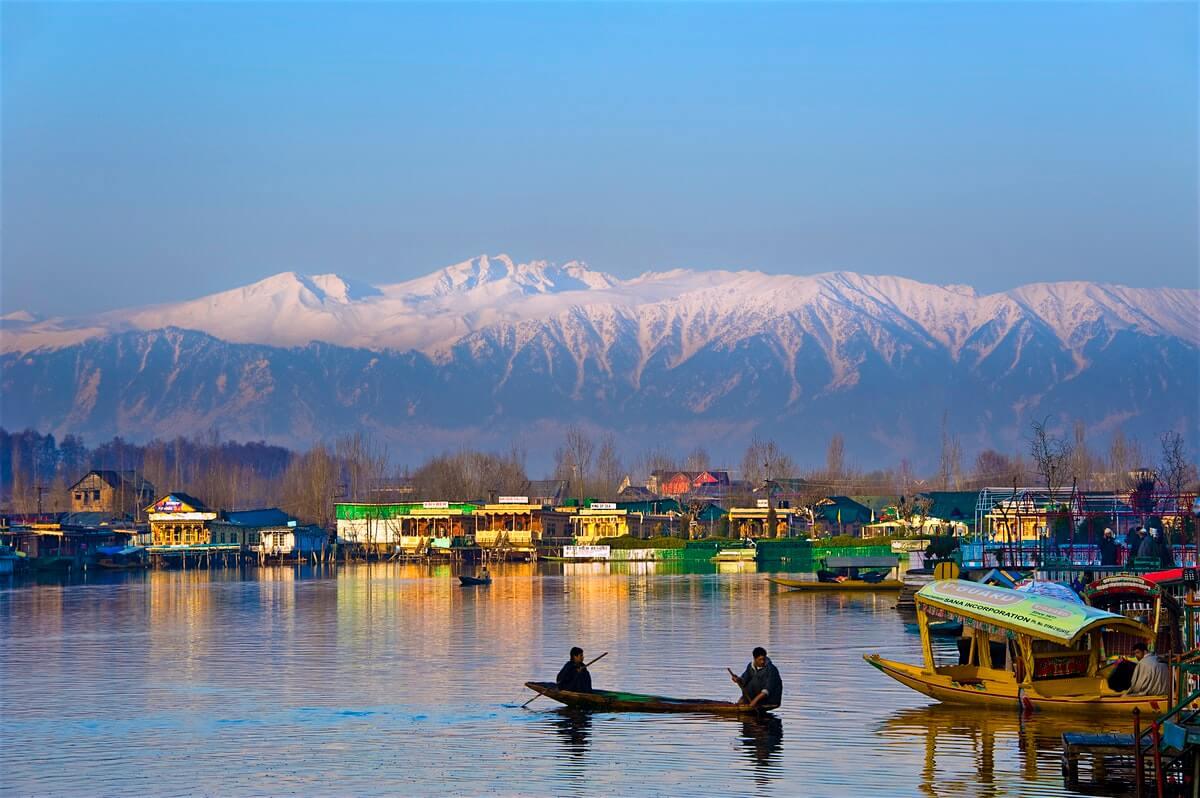 Srinagar Dal Lake Boating
