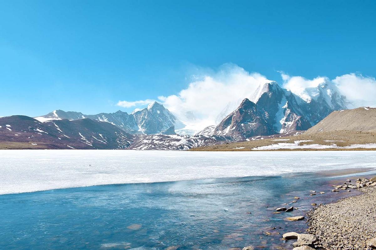 Lhamo Lake