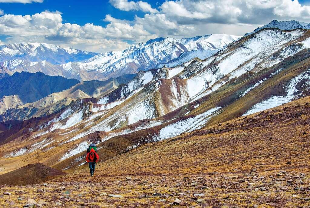 top trekking destinations in jammu kashmir